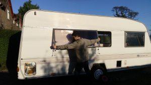 Removing the caravan windows